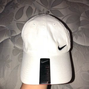 Nike women's hat